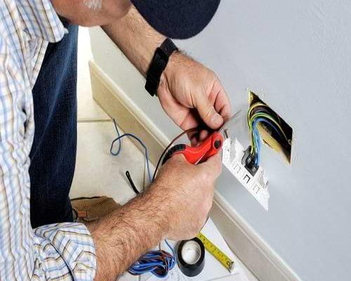 تصليح كهرباء المنزل