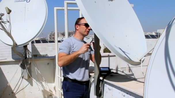 satellite technician